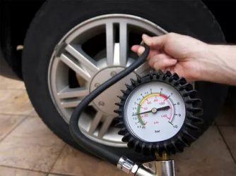 Как правильно измерить давление в шинах автомобиля?